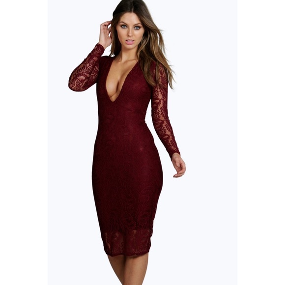 Boohoo Dresses & Skirts - NWT Boohoo Lace Deep Plunge Bodycon Midi Dress